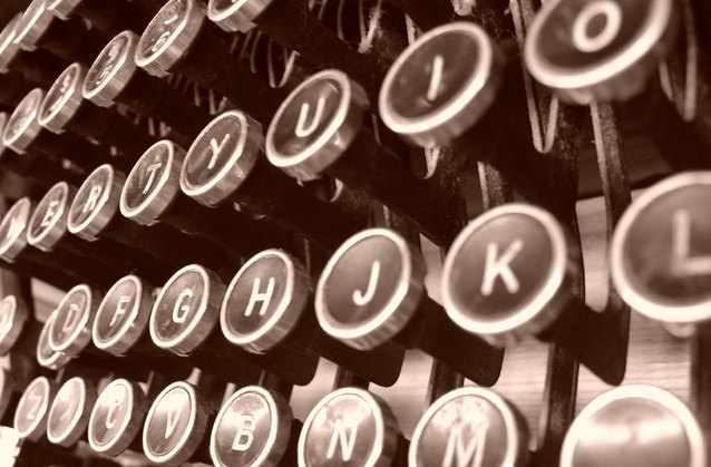 typewriter-1510114-638x419.jpg